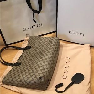 Handbags - Brand New 100% Authentic Gucci Large Tote